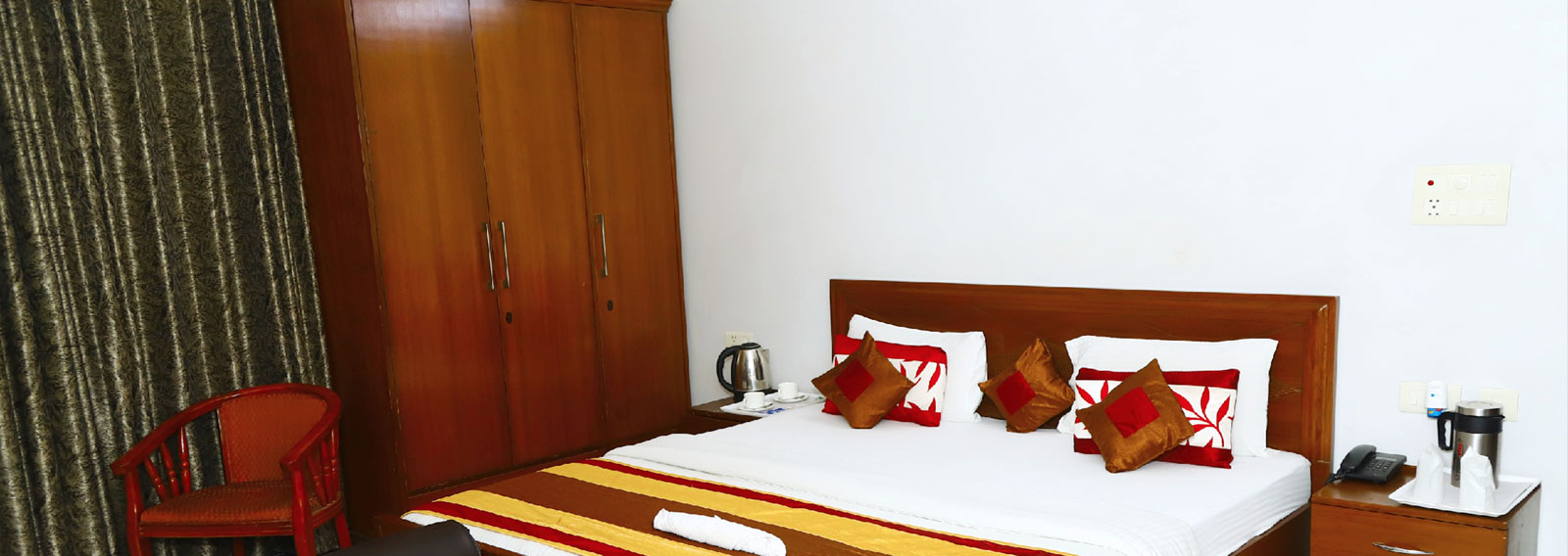 Hotels near Toy City Greater Noida